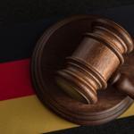 Kontrola konstytucyjności obostrzeń covidowych – jak robią to Niemcy?